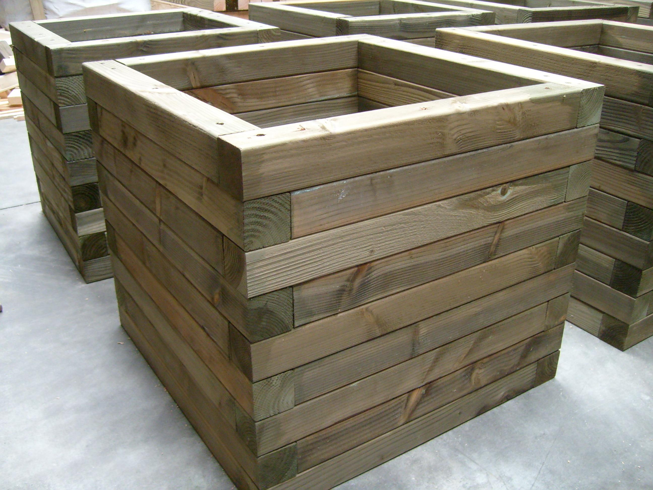 Bloembakken massief welles hout - Massief idee van tuin ...